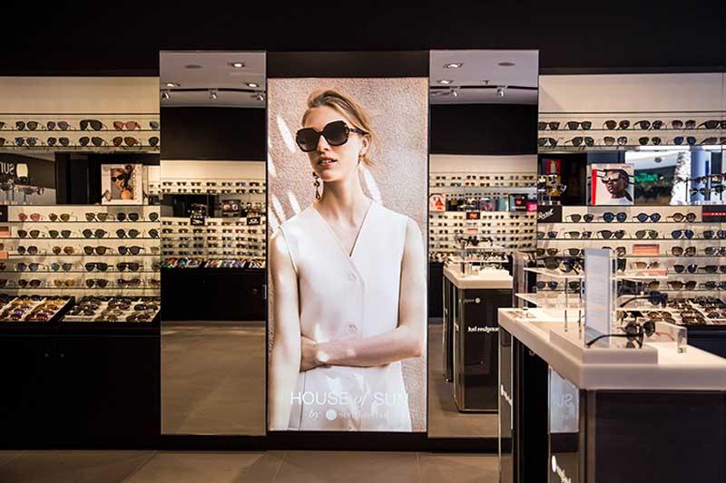 retail_cajon_de_luz_sunglass_hut_sundisa.jpg